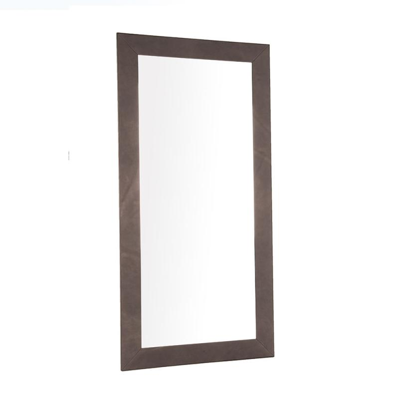 Specchio-con-cornice-rivestita-il-pelle-naturale-ed-inserto-in-rovere